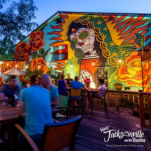 Jacksonville outdoor restaurant patio